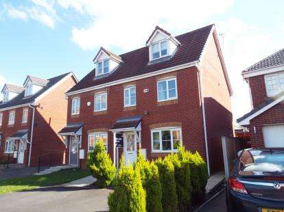 3 Bedrooms Semi Detached House for sale in Chandlers Way, St Helens, Merseyside, England, WA9