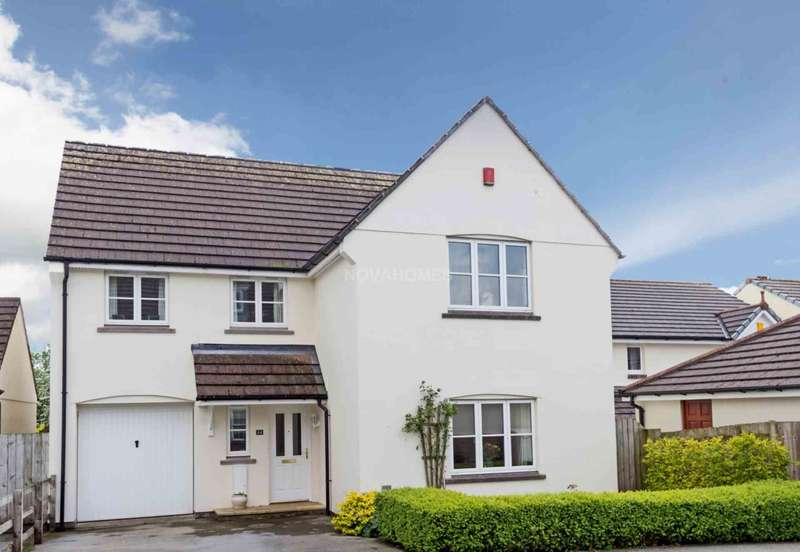 4 Bedrooms Detached House for sale in Henfordh Grange, Liskeard, PL14 6DP