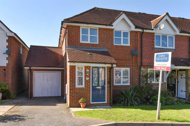 3 Bedrooms Semi Detached House for sale in Morse Close, Harefield Village, Middlesex, UB9
