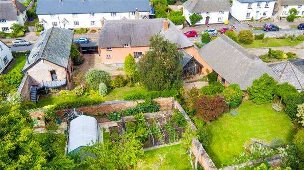5 Bedrooms Detached House for sale in Fore Street, Otterton, Budleigh Salterton, Devon