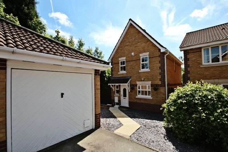 3 Bedrooms Detached House for sale in Merlin Way, Kidsgrove, Stoke-On-Trent