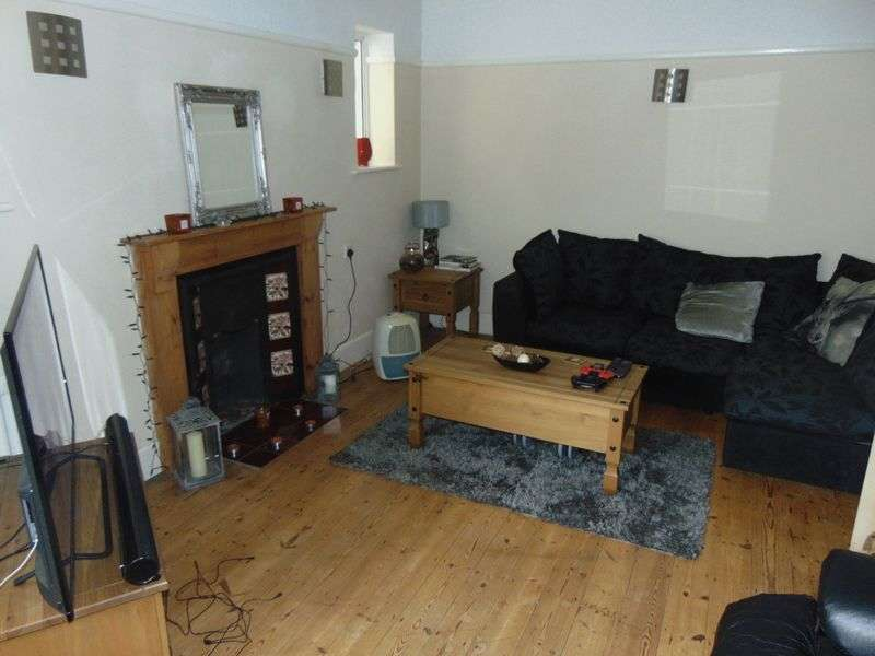 2 Bedrooms Flat for sale in Belle Vue Road, Southbourne