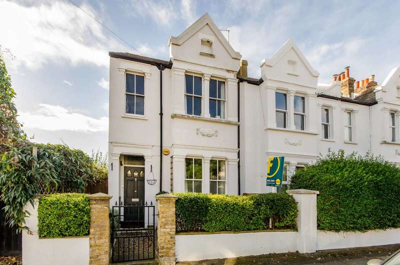 2 Bedrooms Flat for sale in Effra Road, Wimbledon, SW19
