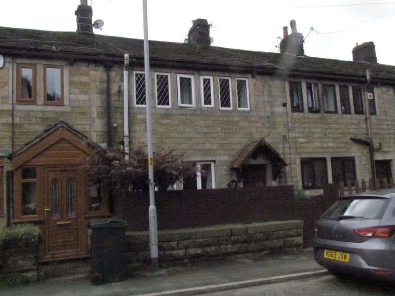 2 Bedrooms Terraced House for sale in Summit, Littleborough