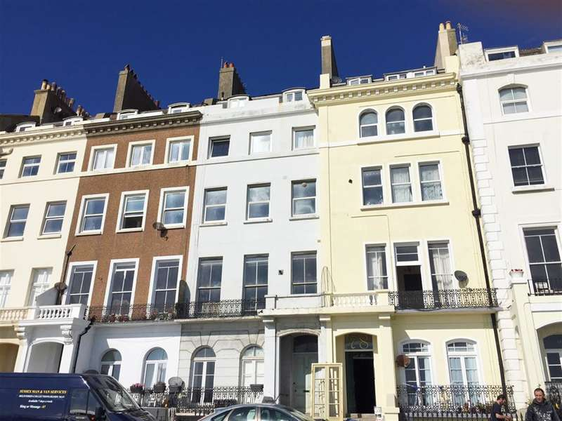 3 Bedrooms Flat for sale in Marina, St Leonards On Sea, East Sussex, TN38 0BJ
