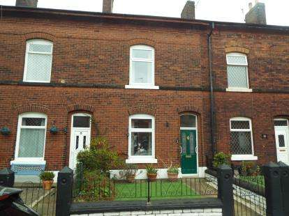 3 Bedrooms Terraced House for sale in Clarendon Street, Whitefield, Manchester, Greater Manchester