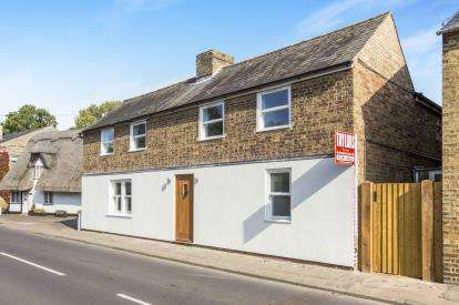 3 Bedrooms Detached House for sale in High Street, Offord Cluny, St. Neots, Cambridgeshire