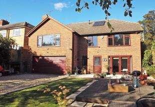 5 Bedrooms Detached House for sale in Key Street, Sittingbourne, Kent