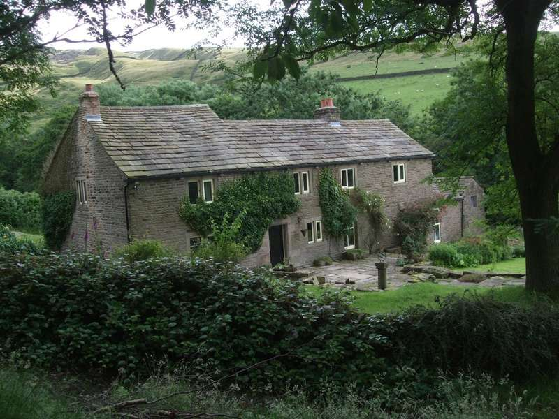 4 Bedrooms House for sale in Wicken Lane, Chinley