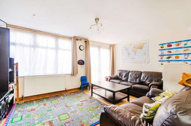 3 Bedrooms End Of Terrace House for sale in Roxbourne Close, Northolt, UB5