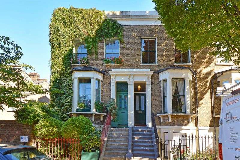 3 Bedrooms Flat for sale in Poole Road, Victoria Park E9