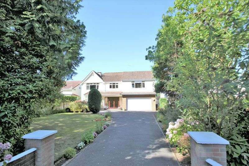4 Bedrooms Detached House for sale in Dudsbury Avenue, Ferndown