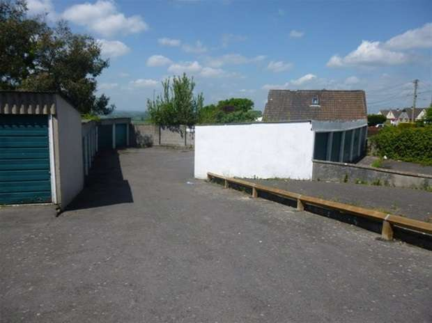 Property for sale in Windmill Hill Road, Glastonbury