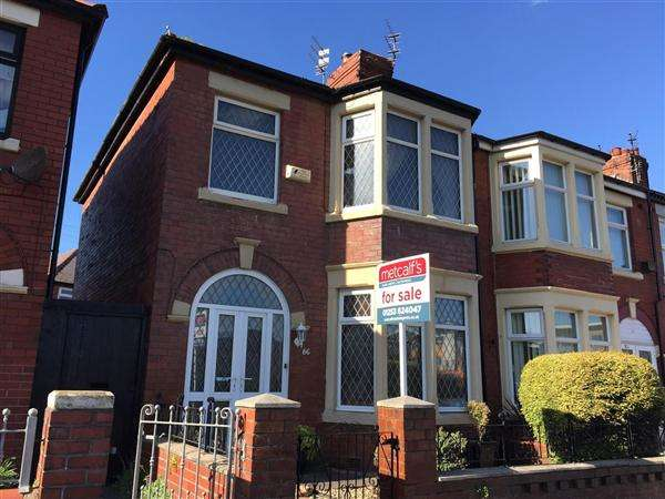 3 Bedrooms Terraced House for sale in Devonshire Road, Blackpool