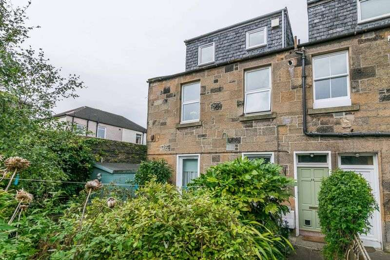 3 Bedrooms Flat for sale in 32 Ashville Terrace, Leith Links, Edinburgh, EH6 8DD