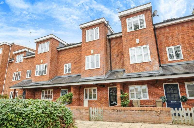 3 Bedrooms Terraced House for sale in Wilsham Road, Abingdon