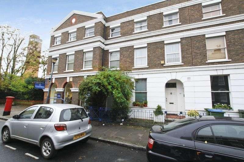 2 Bedrooms Flat for sale in Burney Street, Greenwich, SE10