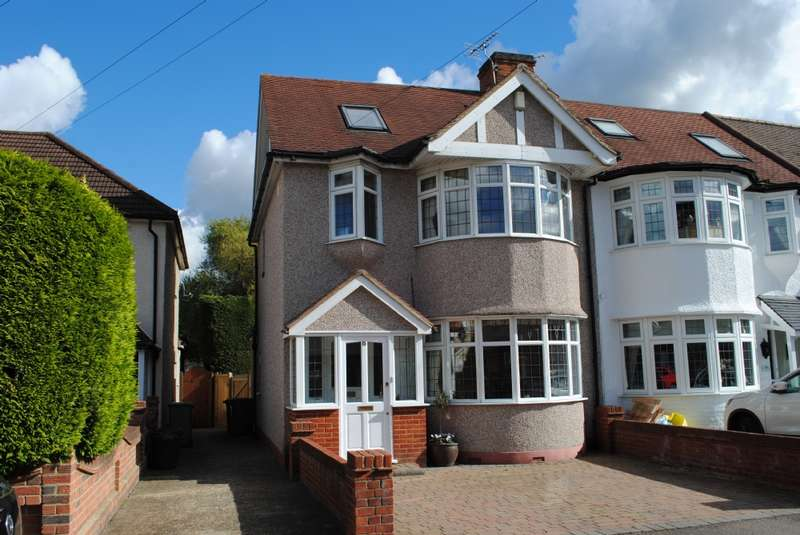 5 Bedrooms End Of Terrace House for sale in Warwick Gardens, Gidea Park