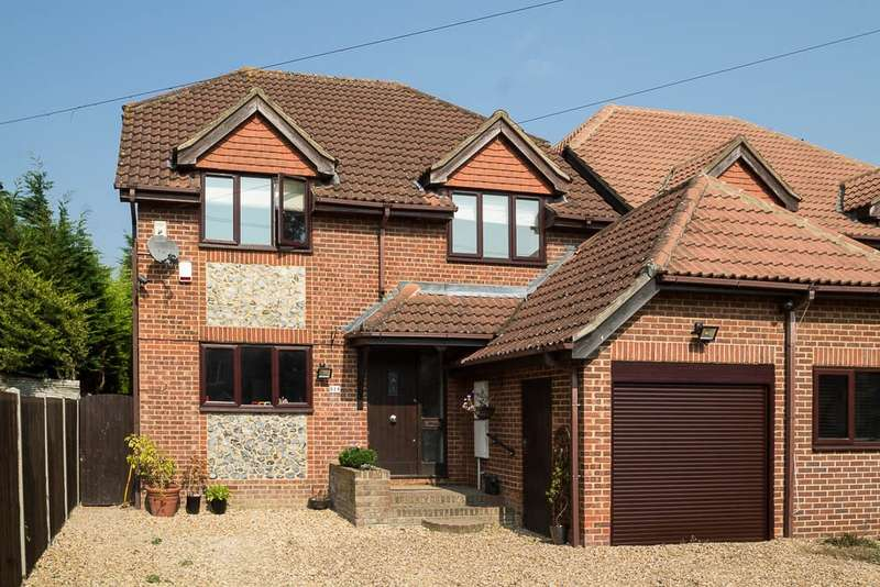 4 Bedrooms Link Detached House for sale in Ouseley Road, Wraysbury, TW19