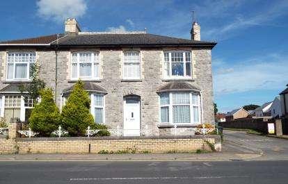 3 Bedrooms Flat for sale in Kingsteignton, Newton Abbot, Devon