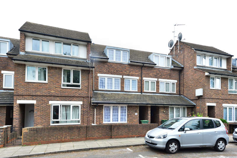 3 Bedrooms Semi Detached House for sale in Woodyard Close, NW5 4BX