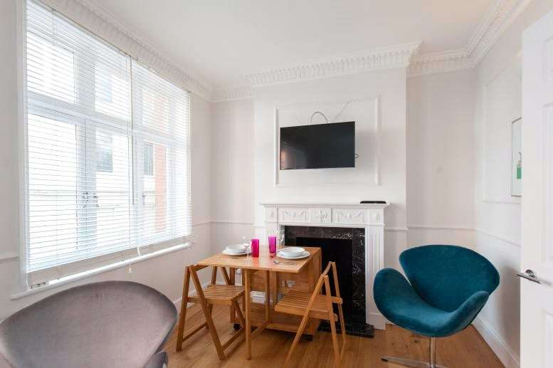 1 Bedroom Flat for sale in Bedfordbury, Covent Garden, London, WC2N