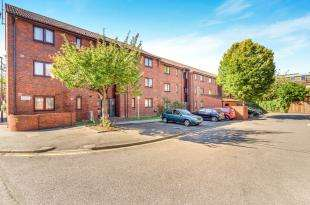 1 Bedroom Flat for sale in Eastney Road, Croydon
