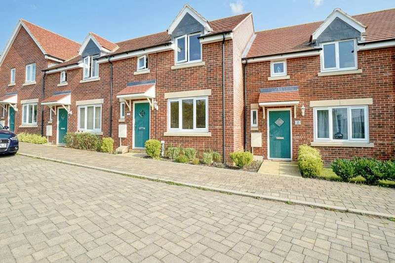 3 Bedrooms Terraced House for sale in St. Neots, Cambridgeshire