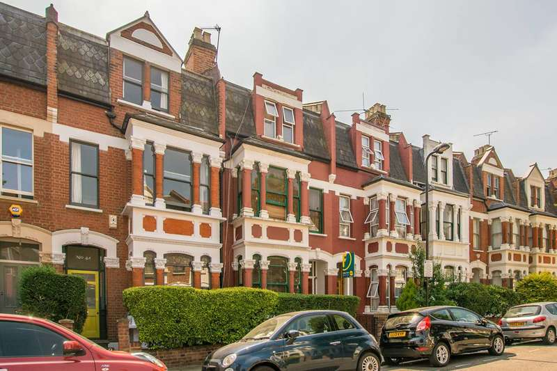 5 Bedrooms Terraced House for sale in Carysfort Road, Stoke Newington, N16