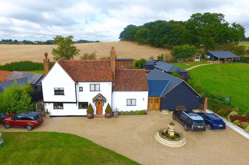 6 Bedrooms Detached House for sale in Toot Hill Road, Ongar, Essex, CM5