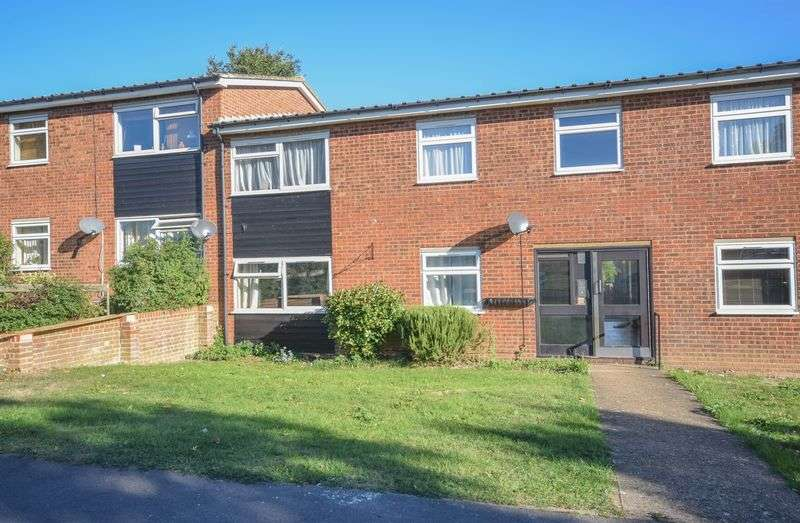 2 Bedrooms Flat for sale in Kingham Road, Wareside