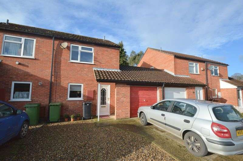 2 Bedrooms Semi Detached House for sale in Richmond Road, New Costessey