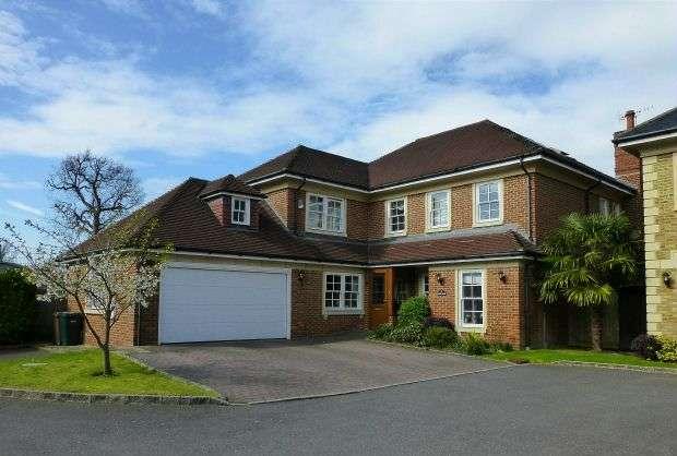 6 Bedrooms Detached House for sale in St. Martins, Batchworth Lane, Northwood