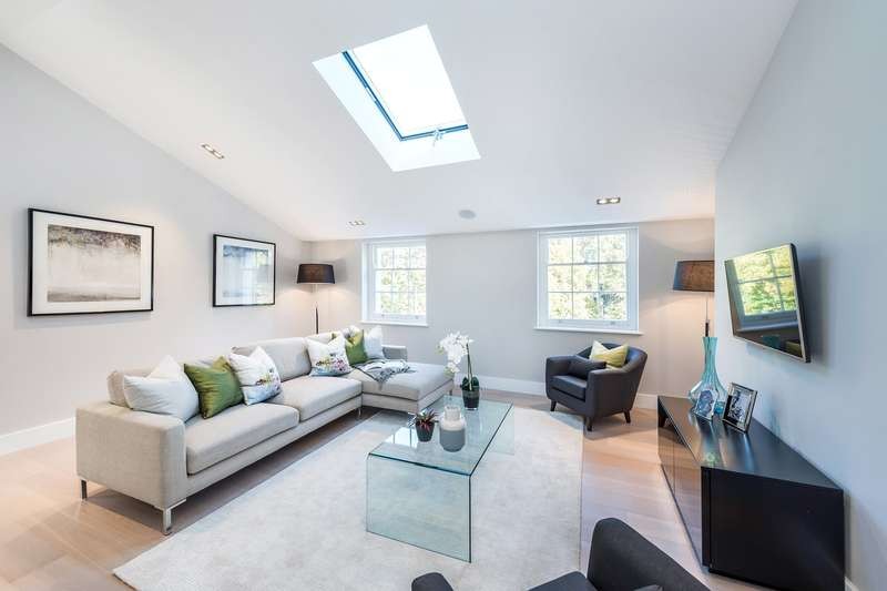 2 Bedrooms Flat for sale in Heathfield Terrace, London, W4