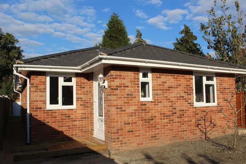 3 Bedrooms Detached Bungalow for sale in 15a BALFOUR ROAD, LINDEN, GLOUCESTER GL1 5QG