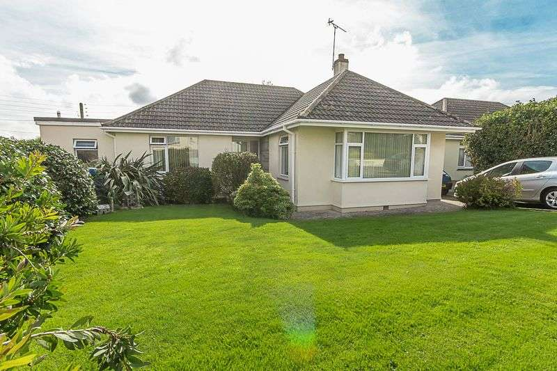 3 Bedrooms Detached Bungalow for sale in Trevanion Road, St. Austell