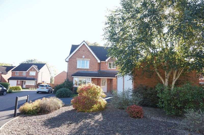 4 Bedrooms Detached House for sale in Chesford Drive, Churchdown, Gloucester