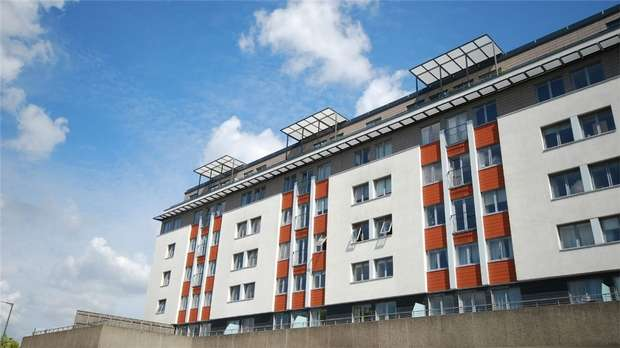 2 Bedrooms Flat for sale in Lait House, 1 Albemarle Road, BECKENHAM, Kent
