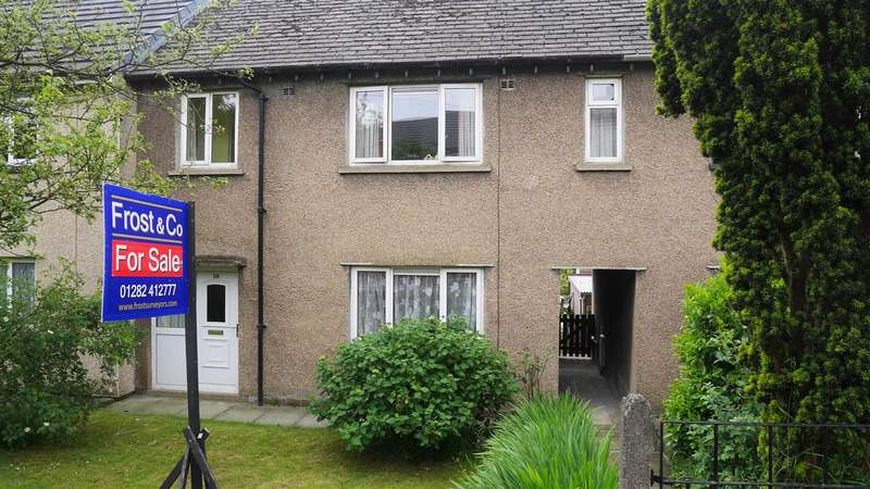 3 Bedrooms Terraced House for sale in Oak Street, Colne