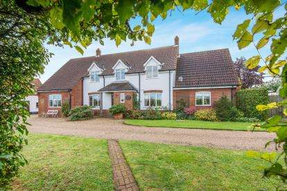 6 Bedrooms Detached House for sale in Silfield, Wymondham, Norfolk