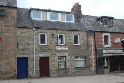 5 Bedrooms Terraced House for sale in High Street, Auchterarder