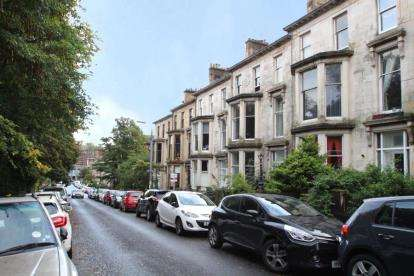 1 Bedroom Flat for sale in Huntly Gardens, Dowanhill, Glasgow
