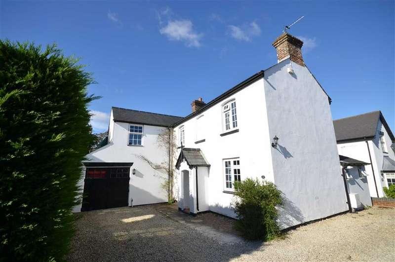 3 Bedrooms Property for sale in School Lane, Lower Bourne, Farnham
