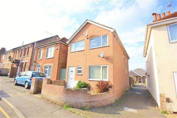 3 Bedrooms Detached House for sale in Albert Road, Poole