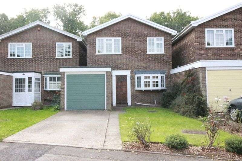 4 Bedrooms Detached House for sale in Ashmere Close, Cheam, SUTTON
