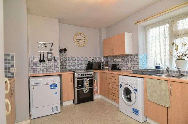 2 Bedrooms Flat for sale in Brook Street, Prescot
