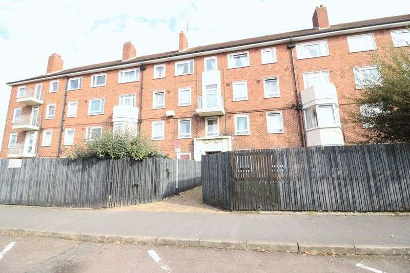 2 Bedrooms Flat for sale in St. Faiths Road, Portsmouth