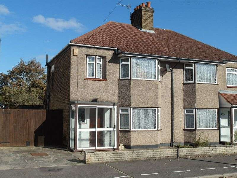 3 Bedrooms Semi Detached House for sale in Northdown Road, Welling