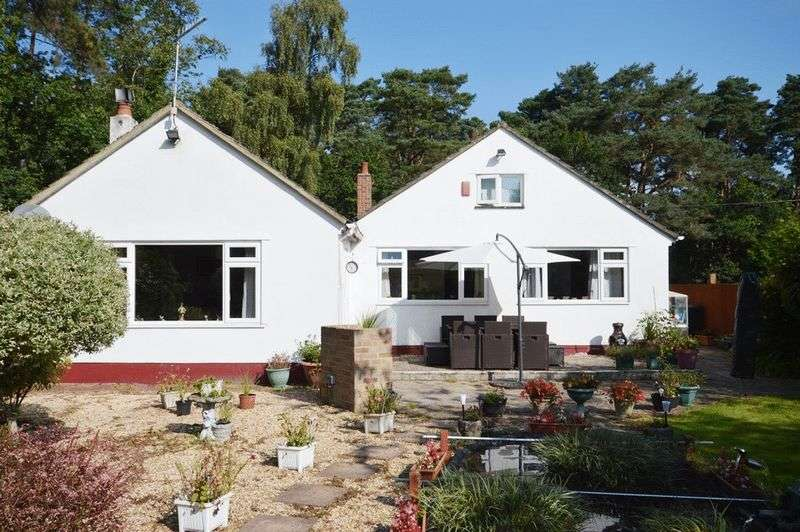 3 Bedrooms Detached Bungalow for sale in Ashley Heath, Ringwood BH24