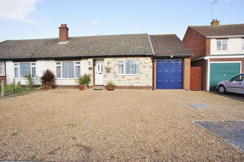 4 Bedrooms Semi Detached Bungalow for sale in Red Barn Road, Brightlingsea